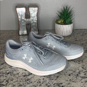 Under Armour Liquify Running Shoe Gray